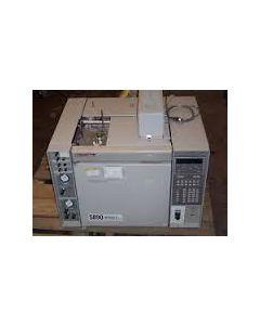 Gaschromatograph HP 5890 Serie II Plus mit FID und Gerstel KAS sowie Injector 76...